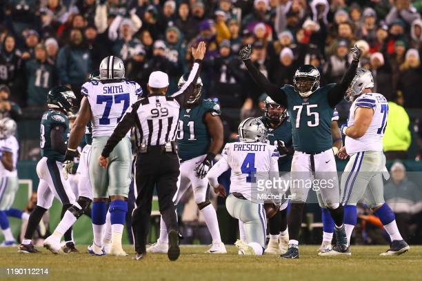 Vinny Curry of the Philadelphia Eagles reacts after sacking Dak Prescott of the Dallas Cowboys in the fourth quarter at Lincoln Financial Field on...