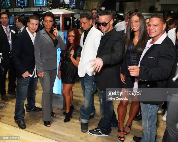 "Vinny Guadagnino, Jenni ""JWOWW"" Farley, Nicole ""Snooki"" Polizzi, Paul ""Pauly D"" DelVecchio, Mike ""the Situation"" Sorrentino, Sammi Giancola, and..."