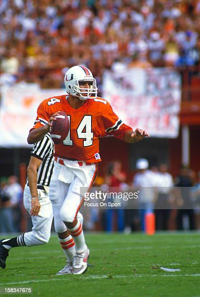 Vinny Testaverde of the Miami Hurricanes drops back to pass against the Florida State Seminoles during an NCAA football game November 1 1986 at Joe...