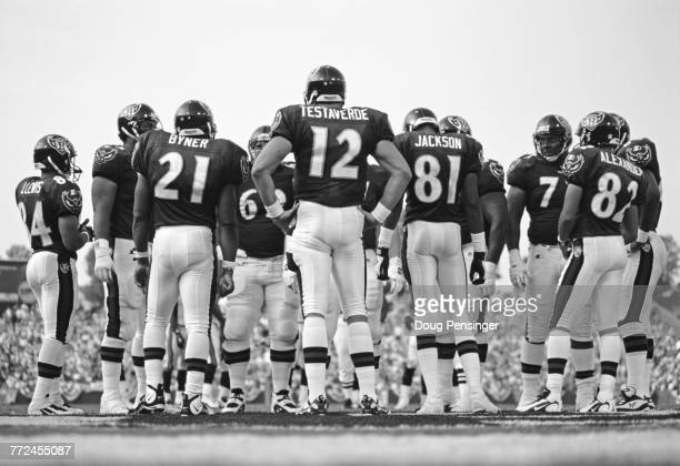Vinny Testaverde Quarterback for the Baltimore Ravens with his offensive line during the American Football Conference Central game against the...
