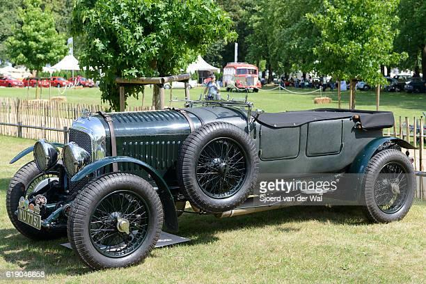 "vintage 1928 bentley 4 1/2 litre english classic car - ""sjoerd van der wal"" fotografías e imágenes de stock"