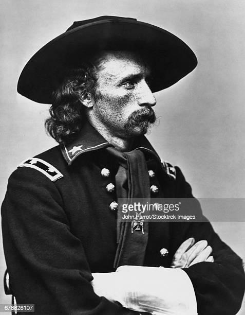 vintage american civil war photo of major general george armstrong custer.  - george armstrong custer fotografías e imágenes de stock