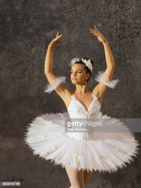 vintage ballerina - ballet dancer stock pictures, royalty-free photos & images