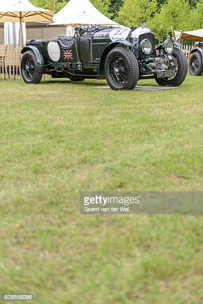 "vintage bentley 4½ litre classic car in british racing green - ""sjoerd van der wal"" stock pictures, royalty-free photos & images"