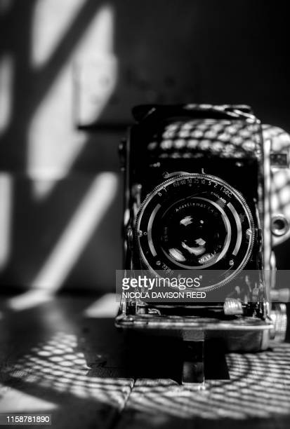 vintage camera - nottingham stock pictures, royalty-free photos & images