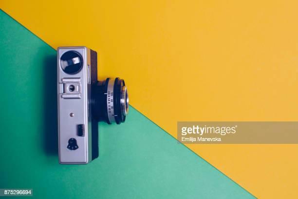 vintage camera - objet vert photos et images de collection