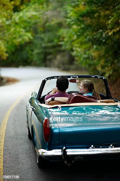 Couple de voitures Vintage