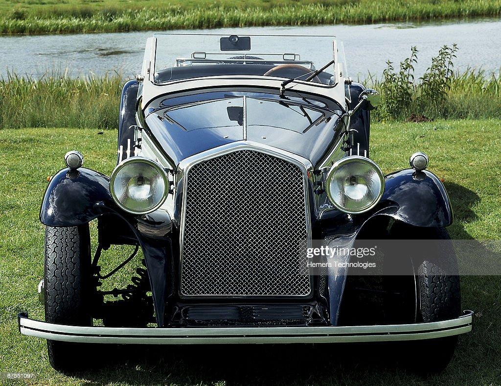 Vintage car : Stock Photo