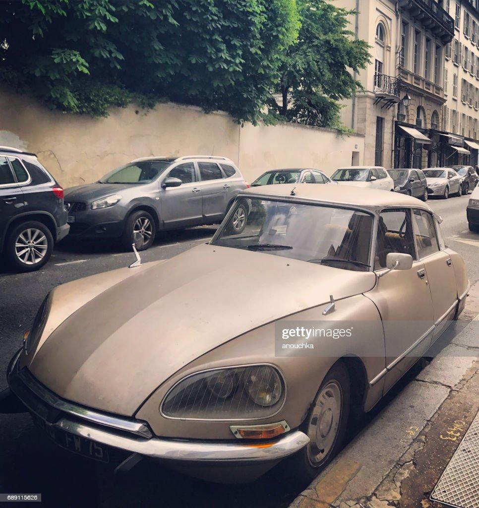 Vintage Citroen parked on Paris street, France : Stock Photo