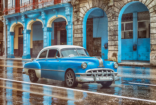 Vintage classic blue american oldtimer car in old town of Havana Cuba - gettyimageskorea