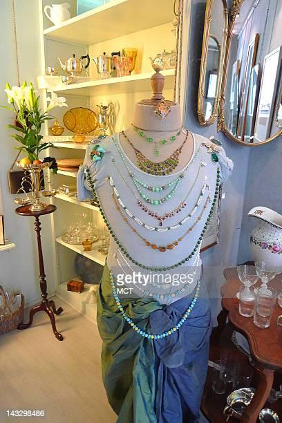 Vintage costume jewelry at Laterna Magica Antiquitaeten Frankfurt