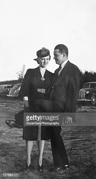 vintage couple - 1930 1939 fotografías e imágenes de stock