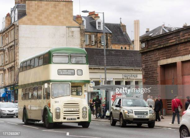 vintage double decker bus - theasis stockfoto's en -beelden