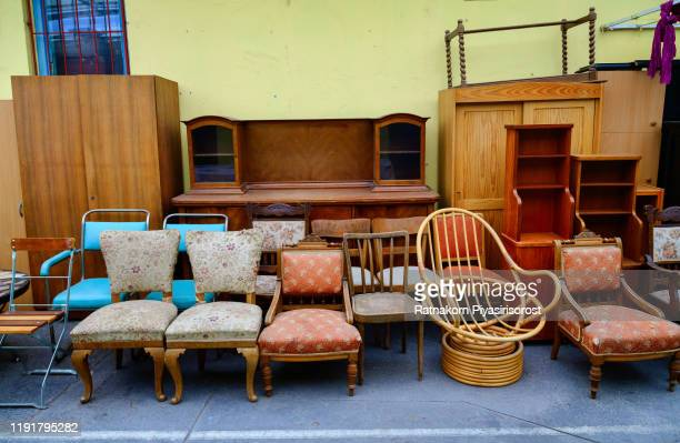 vintage furniture on the flea market - treasuregold stock pictures, royalty-free photos & images