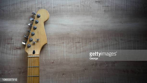 vintage guitar on wooden background - countrymusik bildbanksfoton och bilder