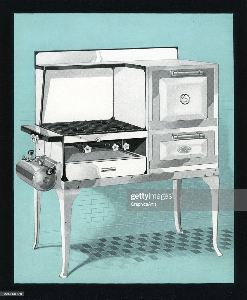 Old-Fashioned Stove And Oven Pictures | Getty Images