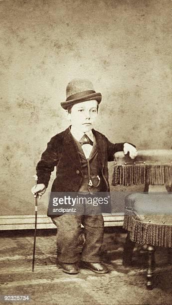 vintage retrato de little persona - enano fotografías e imágenes de stock