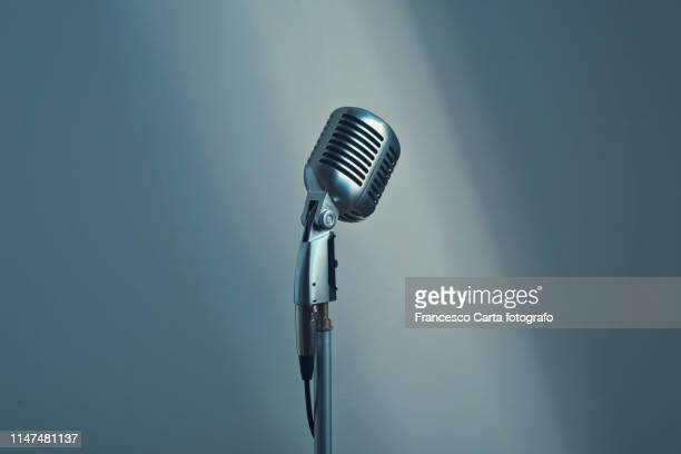 vintage microphone - micro photos et images de collection