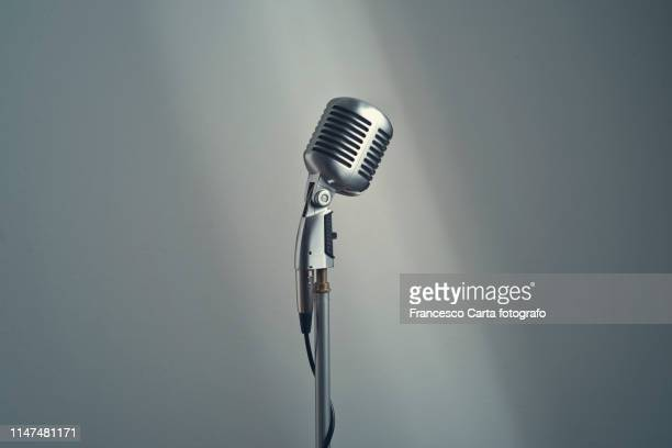 6 502 Microphone Stand Photos And Premium High Res Pictures Getty Images