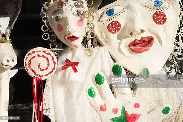papel vintage maiche muñecas en navidad display - candy dolls fotografías e imágenes de stock