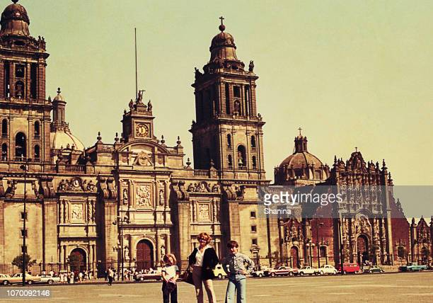 Vintage photo of a family travel to Mexico City