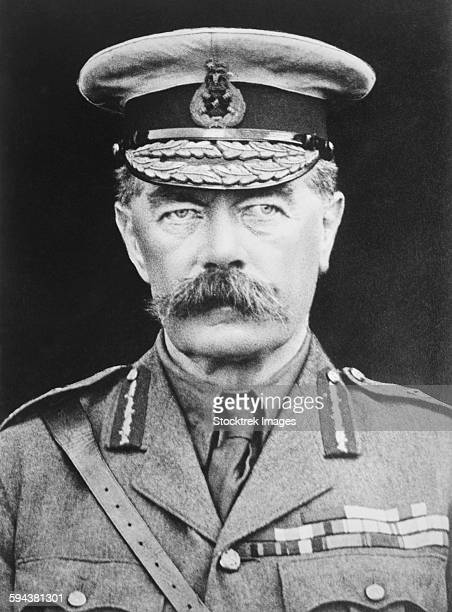 vintage portrait of lord herbert kitchener. - première guerre mondiale photos et images de collection