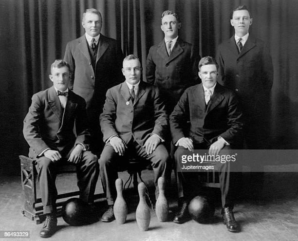 Vintage portrait of men's bowling team