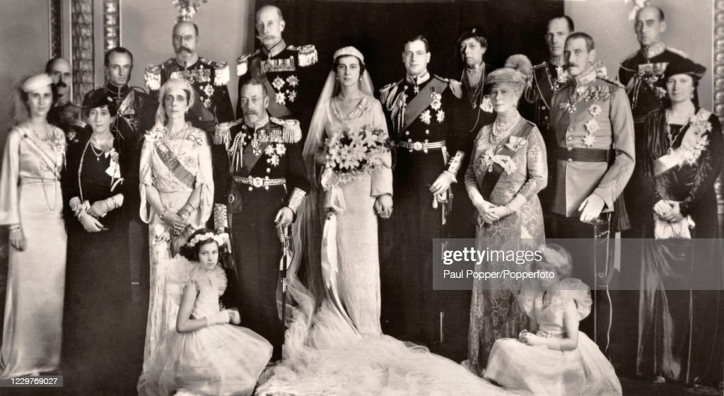 The Duke Of Kent And Princess Marina Of Greece And Denmark - Wedding Party : News Photo