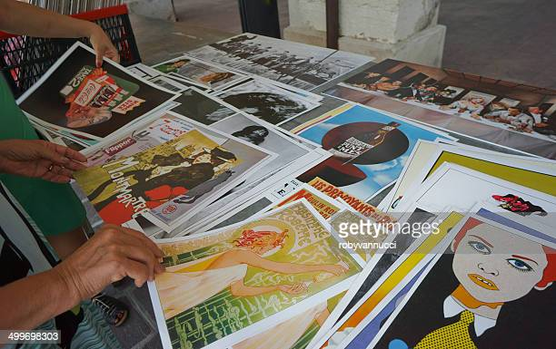 Vintage imprime en un puesto de mercado