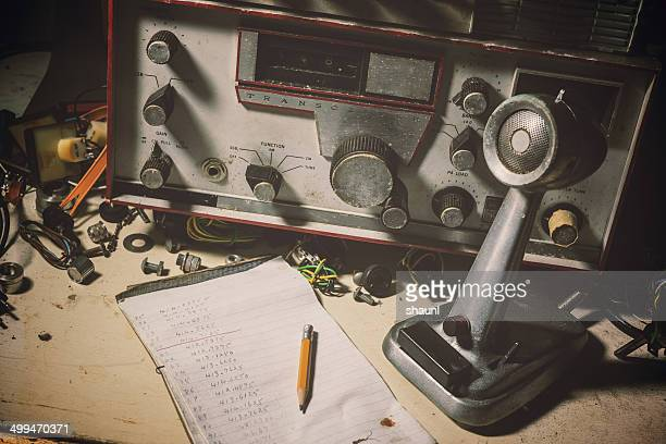vintage radio broadcasting - radio stock pictures, royalty-free photos & images