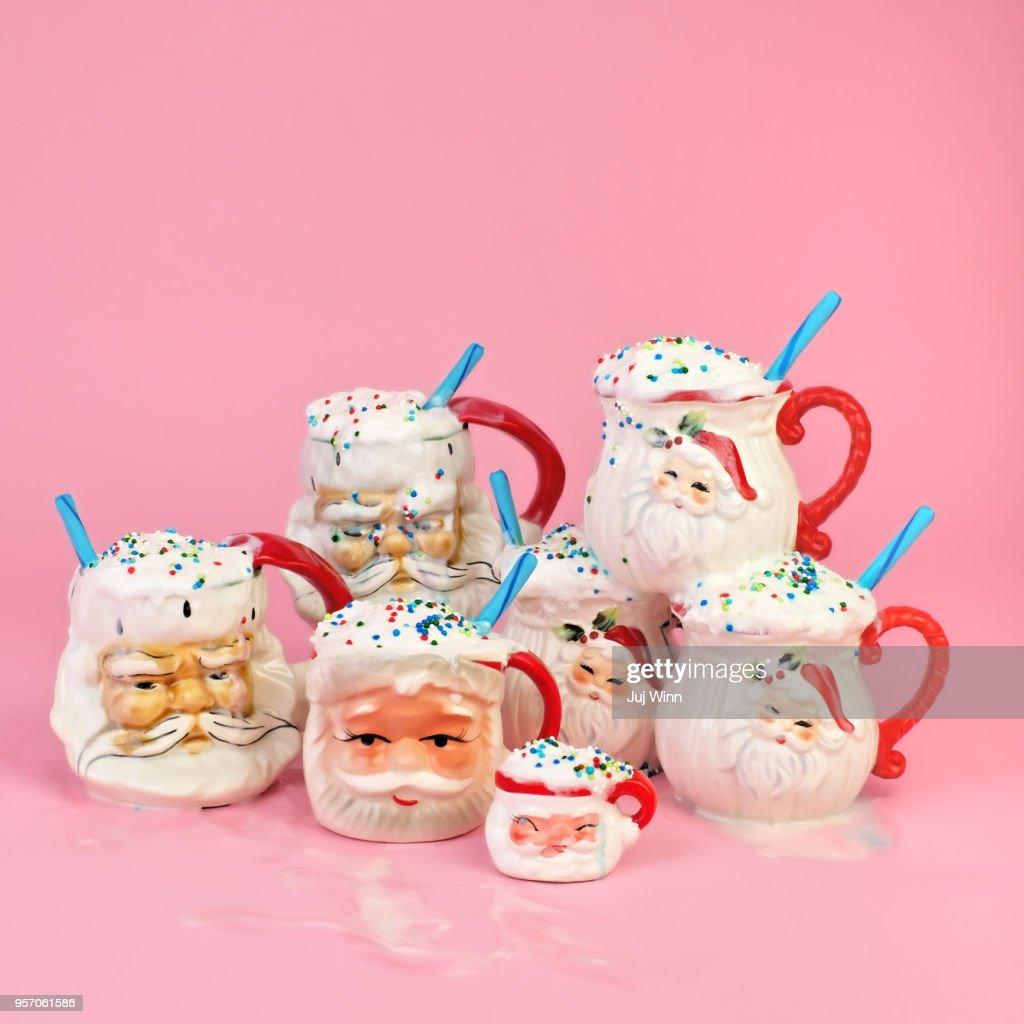 Vintage Santa mugs with cocoa : Stock Photo