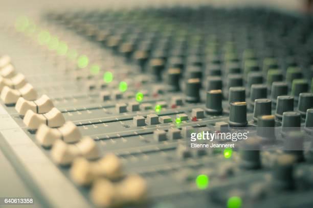 Vintage Sound Console, Recording Studio