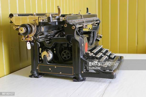 ビンテージタイプライター - buzbuzzer ストックフォトと画像