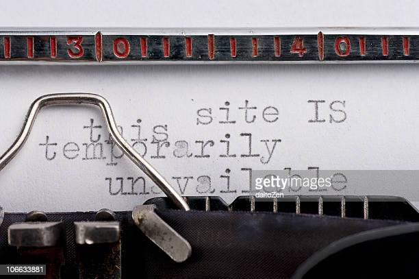 vintage typewriter with error message - error message stock pictures, royalty-free photos & images