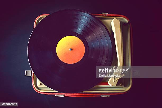 vintage vinyl records - gramophone stock pictures, royalty-free photos & images
