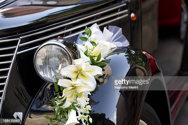 vintage wedding car - car decoration stock pictures, royalty-free photos & images