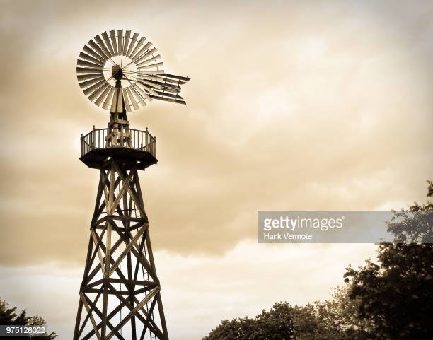 vintage windmill roosevelt park - hank vermote stock pictures, royalty-free photos & images