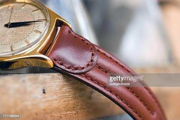 Retro-Armbanduhr von Schweizer