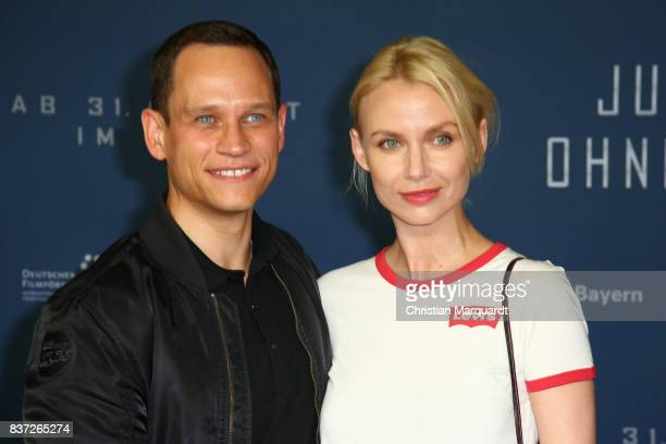 August 22: Vinzenz Kiefer and partner Masha Tokareva attends the premiere of 'Jugend ohne Gott' at Zoo Palast on August 22, 2017 in Berlin, Germany.