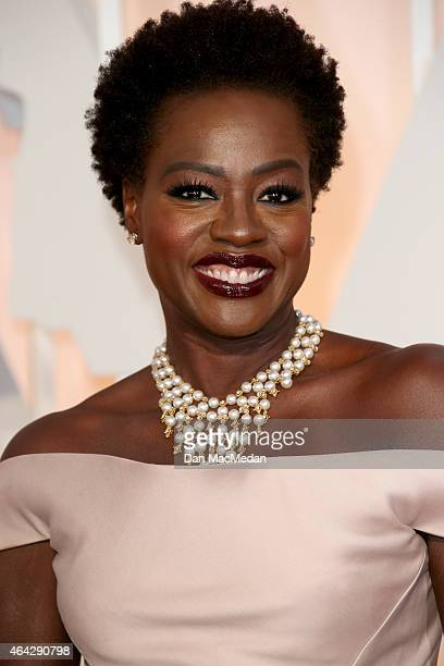 Viola Davis arrives at the 87th Annual Academy Awards at Hollywood & Highland Center on February 22, 2015 in Los Angeles, California.