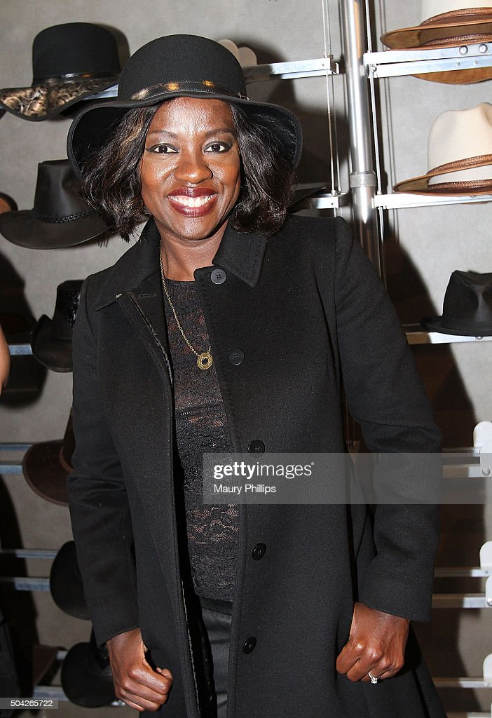 Viola Davis attends GBK & Pilot Pen Golden Globes 2016 Luxury Lounge - Day 2 at W Hollywood on January 9, 2016 in Hollywood, California.