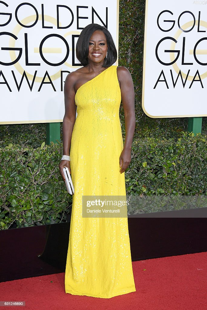 Viola Davis attends the 74th Annual Golden Globe Awards at The Beverly Hilton Hotel on January 8, 2017 in Beverly Hills, California.