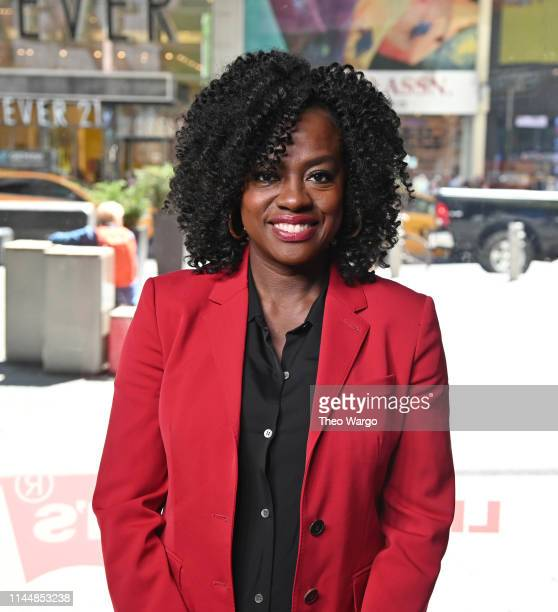 """Viola Davis visits """"Extra"""" at Times Square on April 24, 2019 in New York City."""