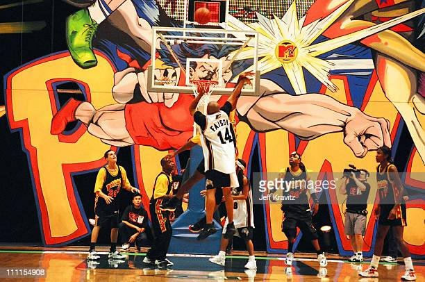 Violaters vs Bricklayers during 1996 MTV's Rock n' Jock Basketball in Los Angeles California United States