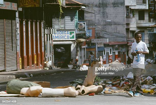 Violence and looting develops in Panama City as US Marines have been deployed in Panama to overthrow Manuel Antonio Noriega.