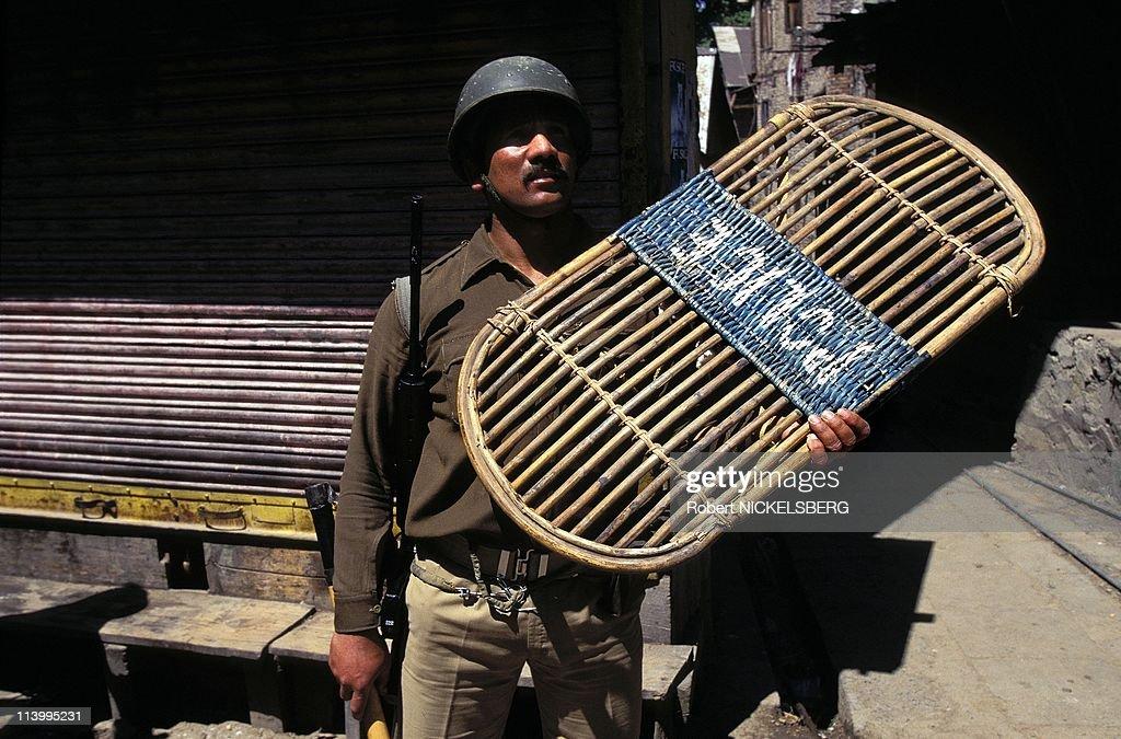 Violence in Kashmir In Charar e Sharif, India In June, 1995- : News Photo