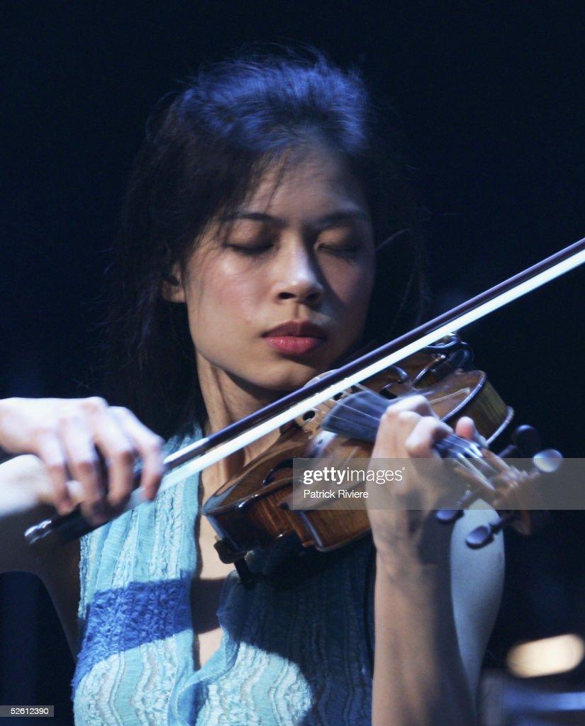 Vanessa Mae Performs Live At Sydney Opera House