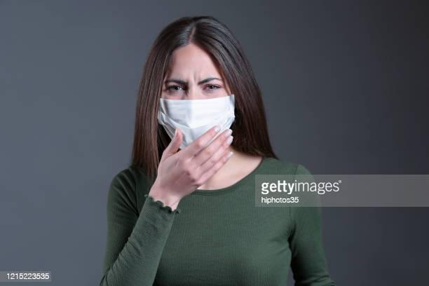 ウイルス感染の概念。浮遊ウイルス。 - ライム病 ストックフォトと画像