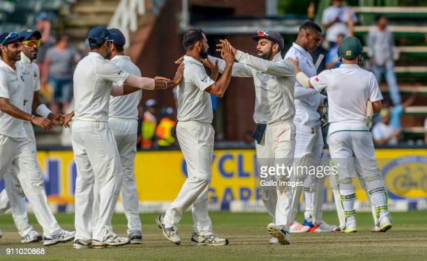 Virat Kohli and his team celebrate the win over South Africa in the final test during day 4 of the 3rd Sunfoil Test match between South Africa and...