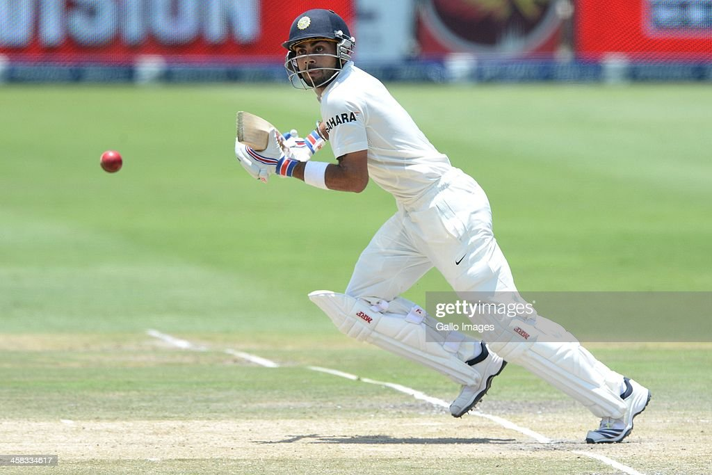 South Africa v India - 1st Test Day 4 : News Photo